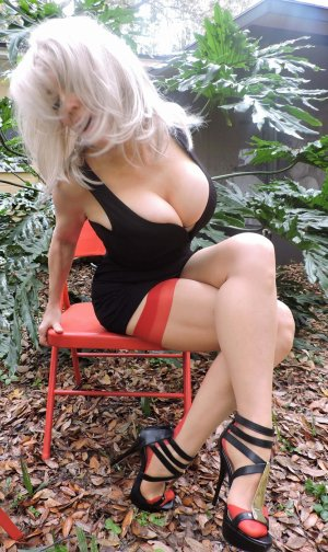 Lihana escort girl in Jacksonville