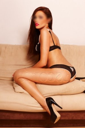 Lylla female escort girl